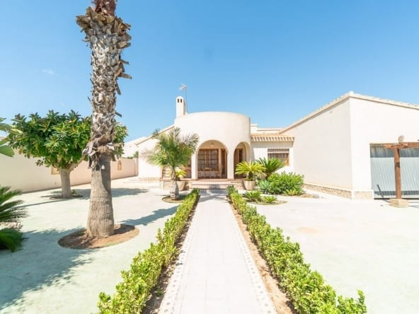 Villa in La Zenia for sale